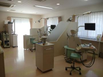 やまむらデンタルクリニックの診察室